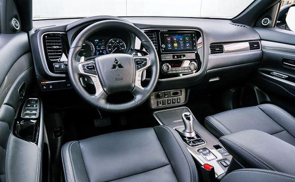 Mitsubishi Outlander Phev 2021 Interior
